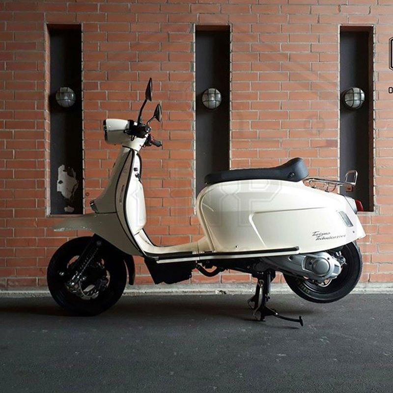 Tnp garage scooter shop for Garage scooter 95